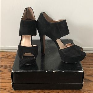 BCBG Paris Black High Platform Heeled Sandals